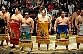 Sumo Faces Own Crisis