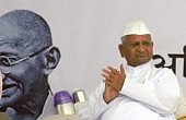 Anna Hazare Ends Latest Fast
