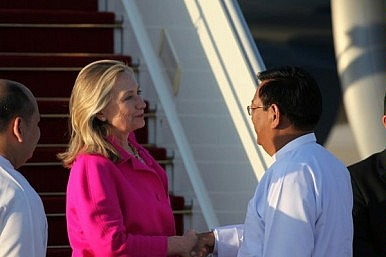 Clinton's Burma Verification Mission