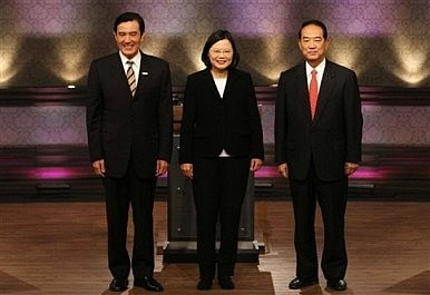 Cross-Strait Ties at a Crossroads