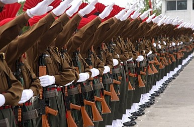 India Military Eyes Combined Threat
