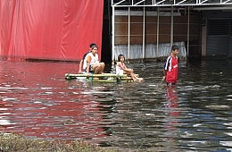 Social Media's Thai Flood Role
