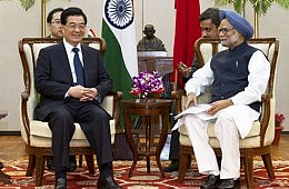 India, China to Hold Borders Talks Amid Passport Row