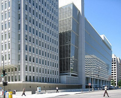 World Bank Cuts Global Growth Forecast for 2013
