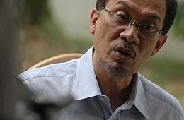 Anwar Ibrahim Unveils Election Pledges