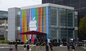 iPhone 5S and iPhone 6 Rumors: A 2013 Launch?