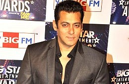 Bollywood's Salman Khan Charged with Homicide, Twitter Responds