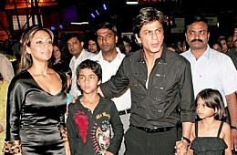 Shah Rukh Khan's Third Child Rumors Confirmed: Yes, It's a Boy