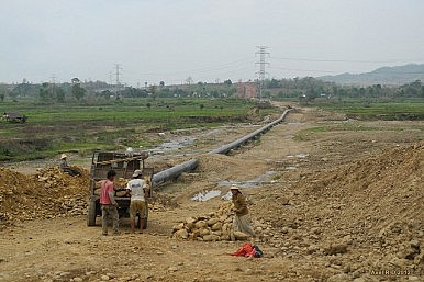 With Pipeline, China's Launches Burma Charm Offensive