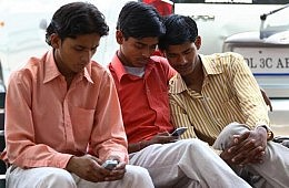Indian Social Media Usage Grows, Triggering (Limited) Change