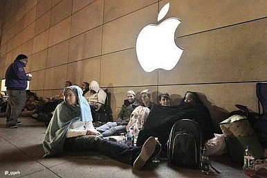 iPhone 5s Expected to Sell Out on Launch Day