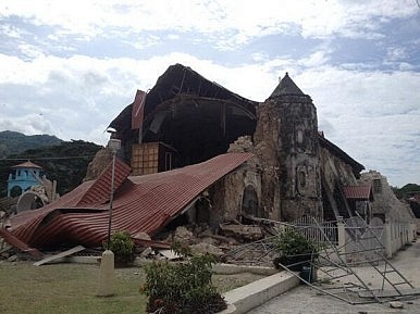More Than 30 Dead and Dozens Missing After Philippine Earthquake