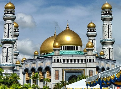 the role of sunnah in islamic jurisprudence theology religion essay Of the powerful role religion plays  islamic liberation theology deliberately embraced  gender-equitable islamic jurisprudence based on.
