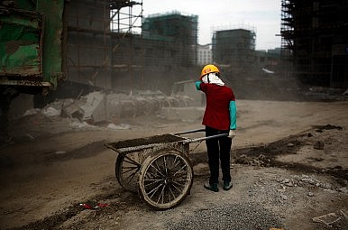 China: Urbanization and Hukou Reform