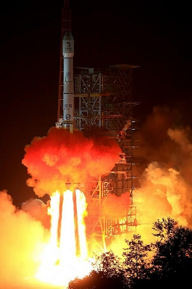 Jade Rabbit: Liftoff for China's First Lunar Probe