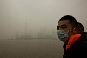"""After Shanghai Disappears Under a Blanket of Smog, State Media Touts It as a """"Defensive Advantage"""""""