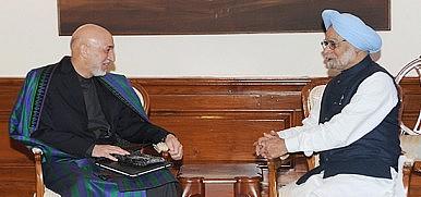 Hamid Karzai Asks India For Defense Assistance