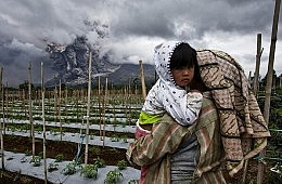 Indonesian Authorities Prepare for Disaster After Mount Sinabung Eruptions