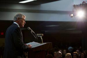 Hagel: Pentagon 'Will Maintain Approach of Restraint' in Cyberspace