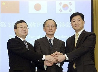 China-Japan-South Korea Hold FTA Talks Despite Political Tension