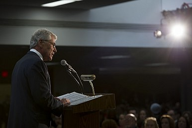 Hagel: Pentagon 'Will Maintain Approach of Restraint' in Cyberspace
