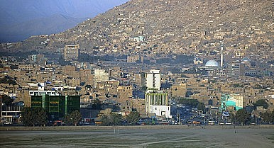 Deserted Streets and Shops Reveal Anxiety in Kabul