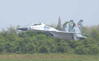Indonesia Beefs Up Air Force in South China Sea