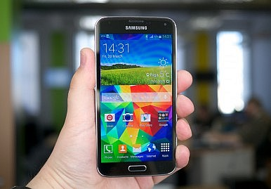 Samsung Galaxy S5 Zoom and Galaxy S5 Active Roundup