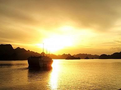 Vietnam: The Ha Long Bay Alliance