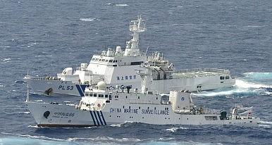 Chinese, Vietnamese Coast Guard Boats Collide