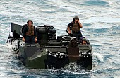 US Marines Plan Insurgent Amphibious Assaults