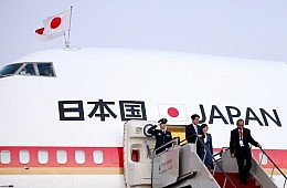 Abe's Oceania Deals Point to China Tensions