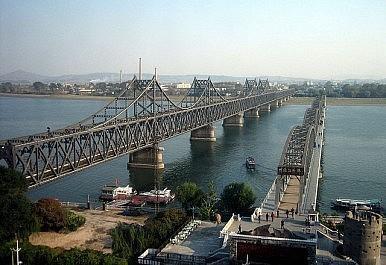 China Detains 2 Canadians, 1 American Near North Korean Border