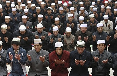 A Tale of Two Chinese Muslim Minorities