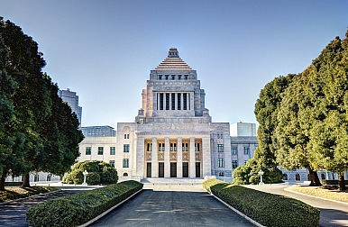New Abe Government Solidifying