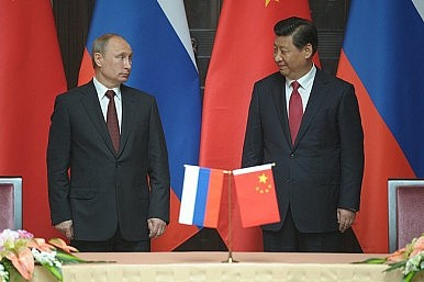 The Kremlin Turns to China