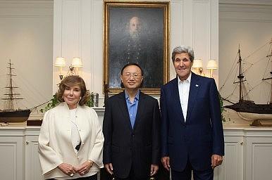 US, China Talk Ebola, Islamic State, and South China Sea