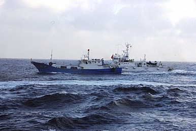 China, Japan Try to Tamp Down Maritime Tensions