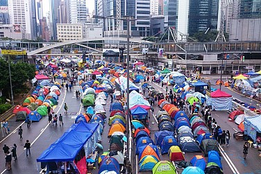 Cracks Emerge in Hong Kong Protests