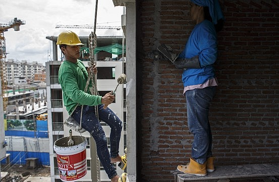 The Harsh Life of Thailand's Migrant Workers