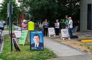 Australia's Major Party Headaches