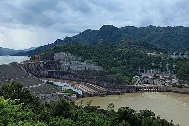 Vietnam May Crack Down on Dam Investors