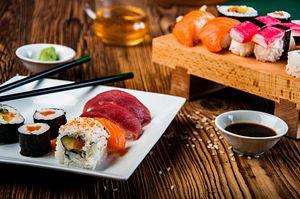 Nadeshiko Sushi: Women Make Inroads in a Traditional Industry