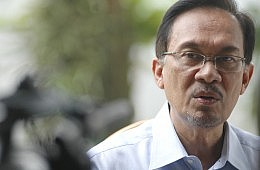 Can Malaysia's Opposition Survive Anwar's Jail Term?