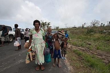 Cyclone Pam: Aid to Vanuatu Begins