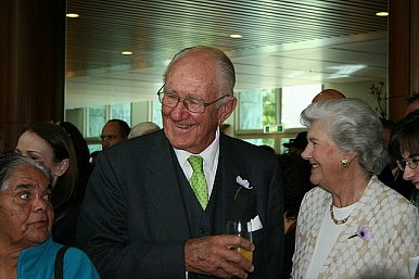 Australia Pays Tribute to Former PM Malcolm Fraser