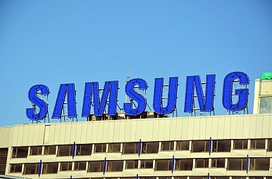 The High Cost of Removing Samsung From a Business Card
