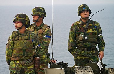 Taiwan's All-Volunteer Force Pains: There's a Way Out