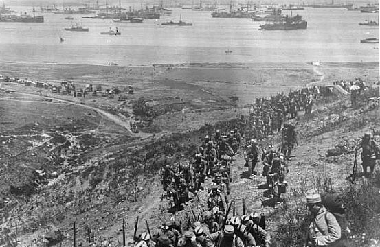Gallipoli and the Anzac Legend / Essays / History, Culture / ID ...