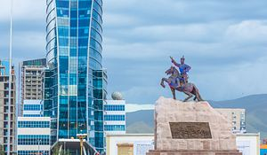 Mongolian Empire 2.0? A World Conquered by Online Freedom